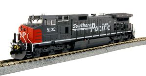Kato HO Southern Pacific GE C44-9W SP #8132 DCC Equipped 37-6631DCC