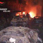Incendio in un'autodemolizione di Domicella: si indaga