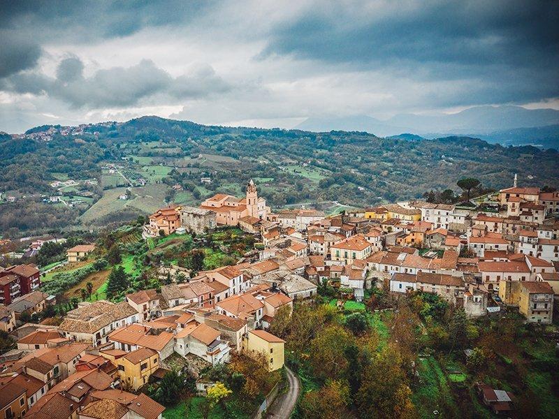 Veduta aerea del Borgo di Montefalcione