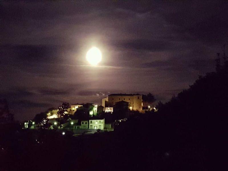 Torella tra realtà e mistero Torella di notte