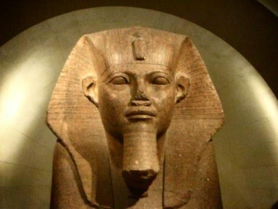 «Cacnaq» ou Sheshonq Ier : Un berbère fondateur de la XXIIe dynastie en Egypte !