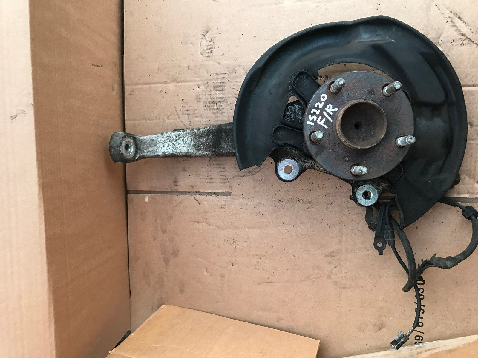 hight resolution of 2005 2013 lexus is220 is250 hub wheel bearing suspension leg front right osf