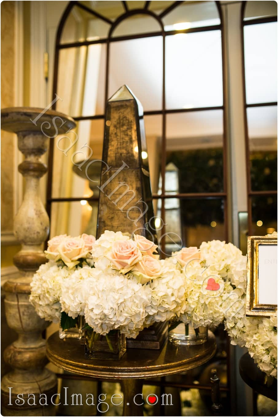 0135 wedluxe bridal show isaacimage.jpg