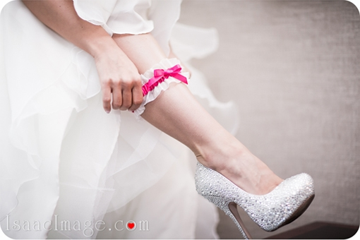 bride getting ready photography toronto