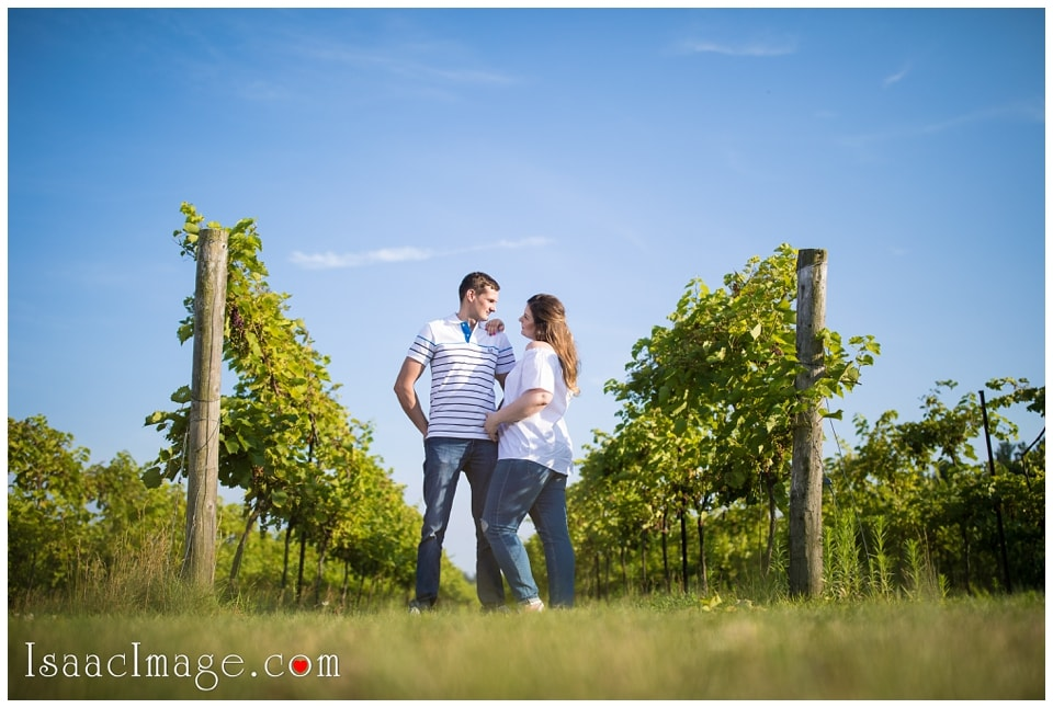 Bonnieheath estate lavender winery Engagement_3397.jpg