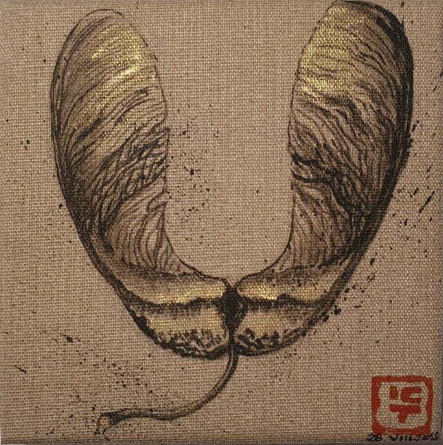 N° 21 —Samare d'érable - 16 x 16 cm — Encre de Chine sur toile — 28 août 2018 — Prix 50 €.