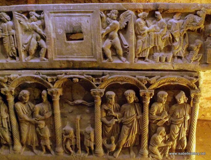 sacophage basilique de Saint Maximin