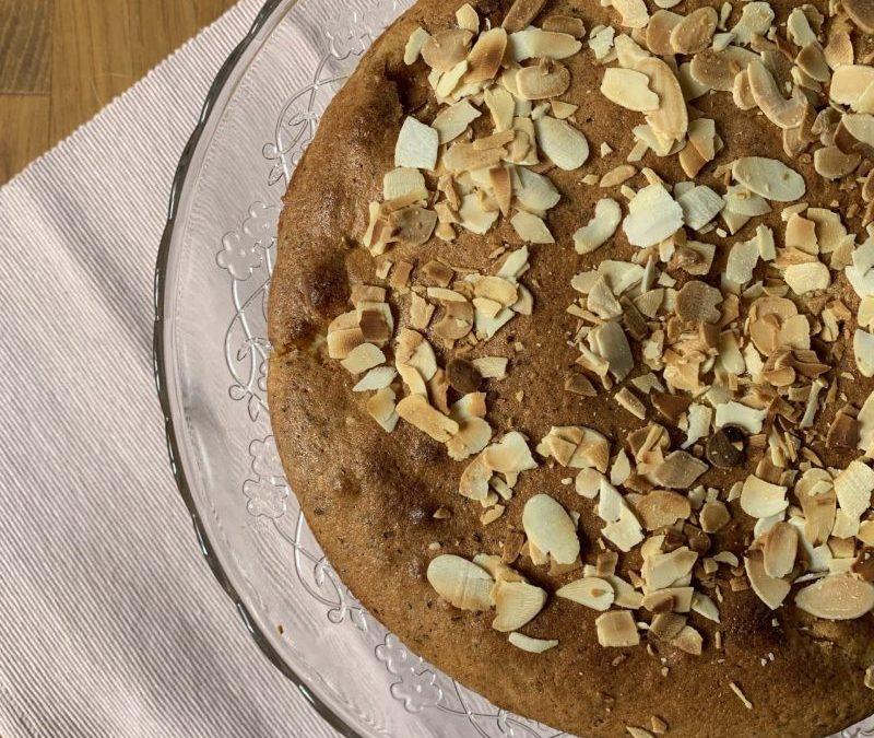 gâteau léger aux pommes et noisettes par isabel kehr