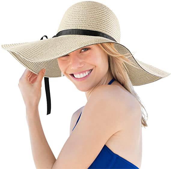 porter un chapeau pour se protéger du soleil