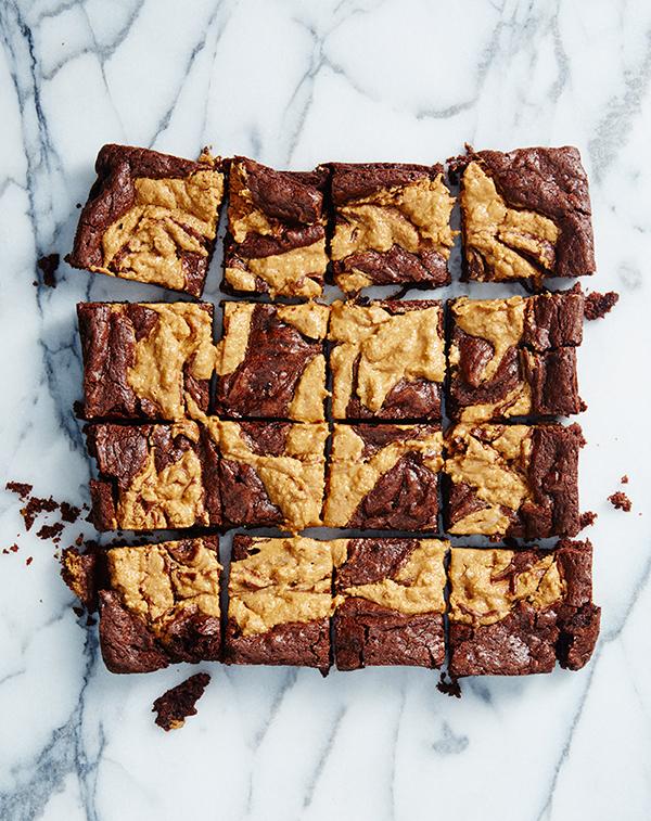 Peanut Butter Brownie. Es decir, brownie con mantequilla de cacahuete. Es de Isa Chandra Moskowitz.