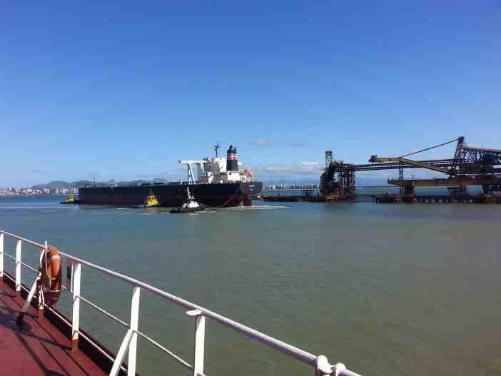 2. Bulk carrier mooring operation. Credits to Baggelis Komitakis