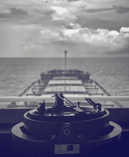 3. Ship bridge in black&white Credits to  Nicolas_3pa