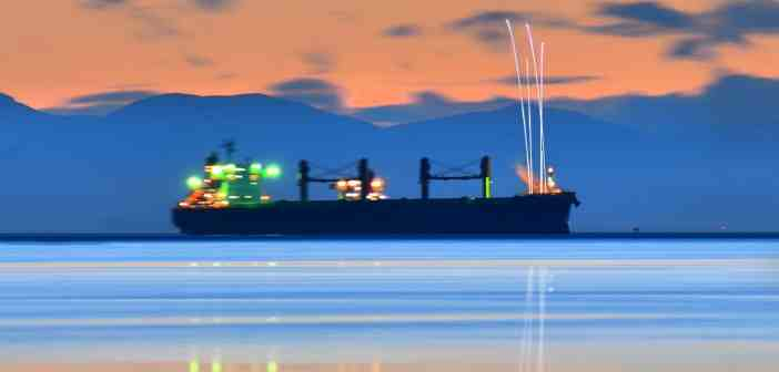 ships-silhouette-4535368