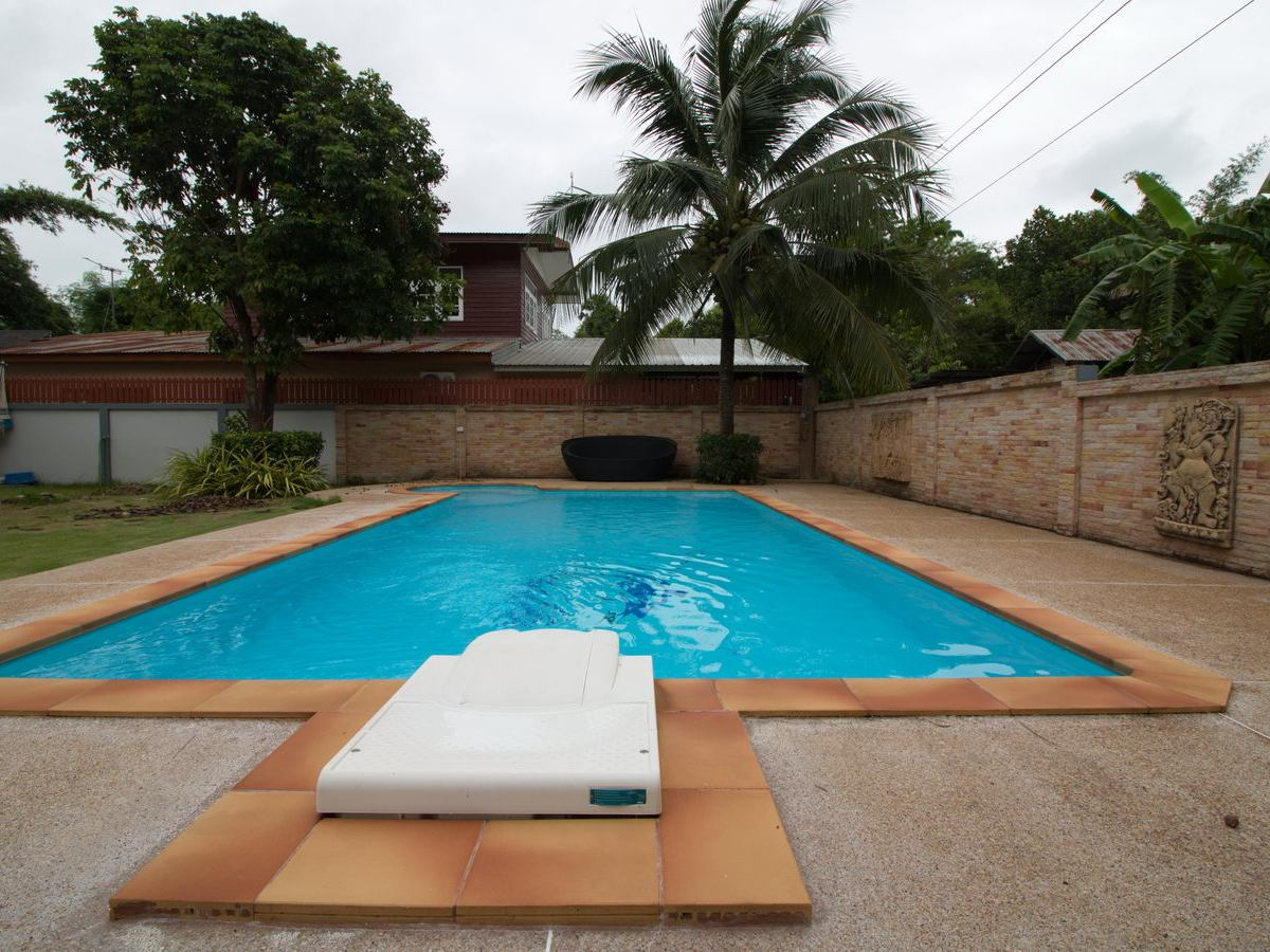 2 Brm 2 Bth Home For Sale With Swimming Pool Udon Thani Thailand Thailand Real Estate Land