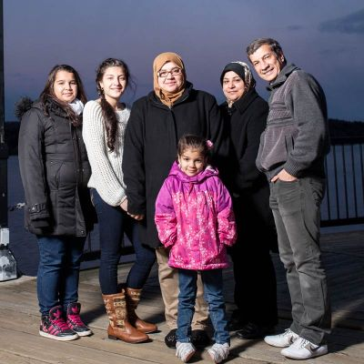Noor Al-Anbagi and family