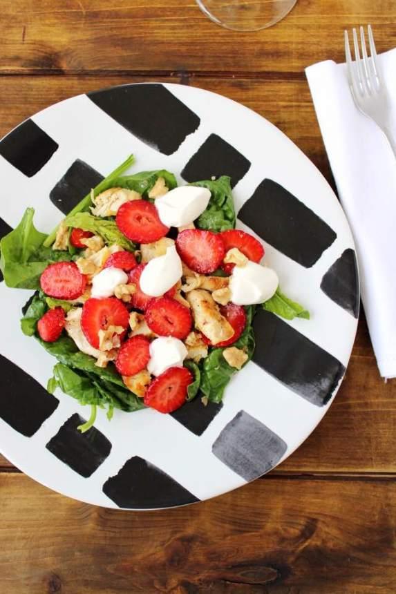 insalata di pollo spinaci e fragole