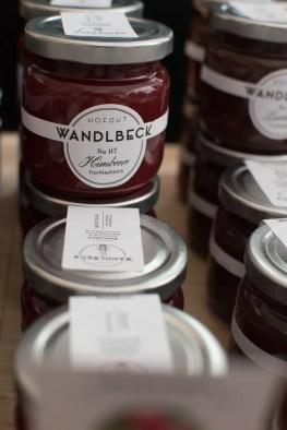 Grosse Auswahl an Marmeladen  Foto: Monika Schreiner