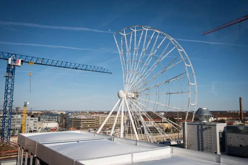 Aufbau Hi-Sky Riesenrad Ferris Wheel  München Munich Werksviertel - ISARBLOG