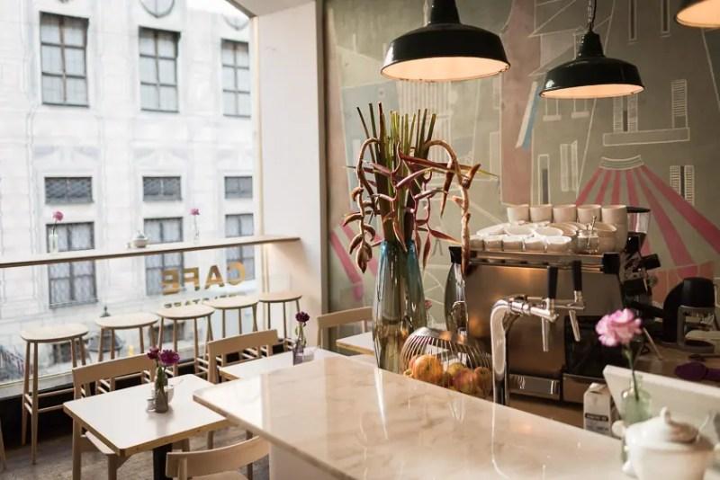 Cafe Belstaff in der Residenzstraße   Foto: ISARBLOG