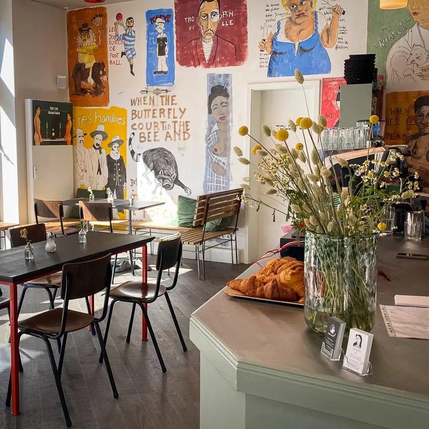 Cafe & Tagesbar Madam Anna Ekke Glockenbachviertel München
