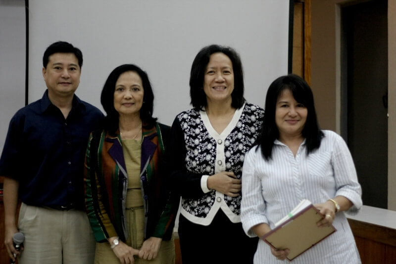 DTI's Ma. Victoria Magkalas receives a certificate of appreciation from  FSSI's Jay Lacsamana, ISEA's Lisa Dacanay and Rep Tanada's CoS Jessica Cantos.