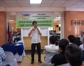 Prof. Emmanuel (Sato) Ridad explains the basic principles of Social Marketing Voluntary Change.