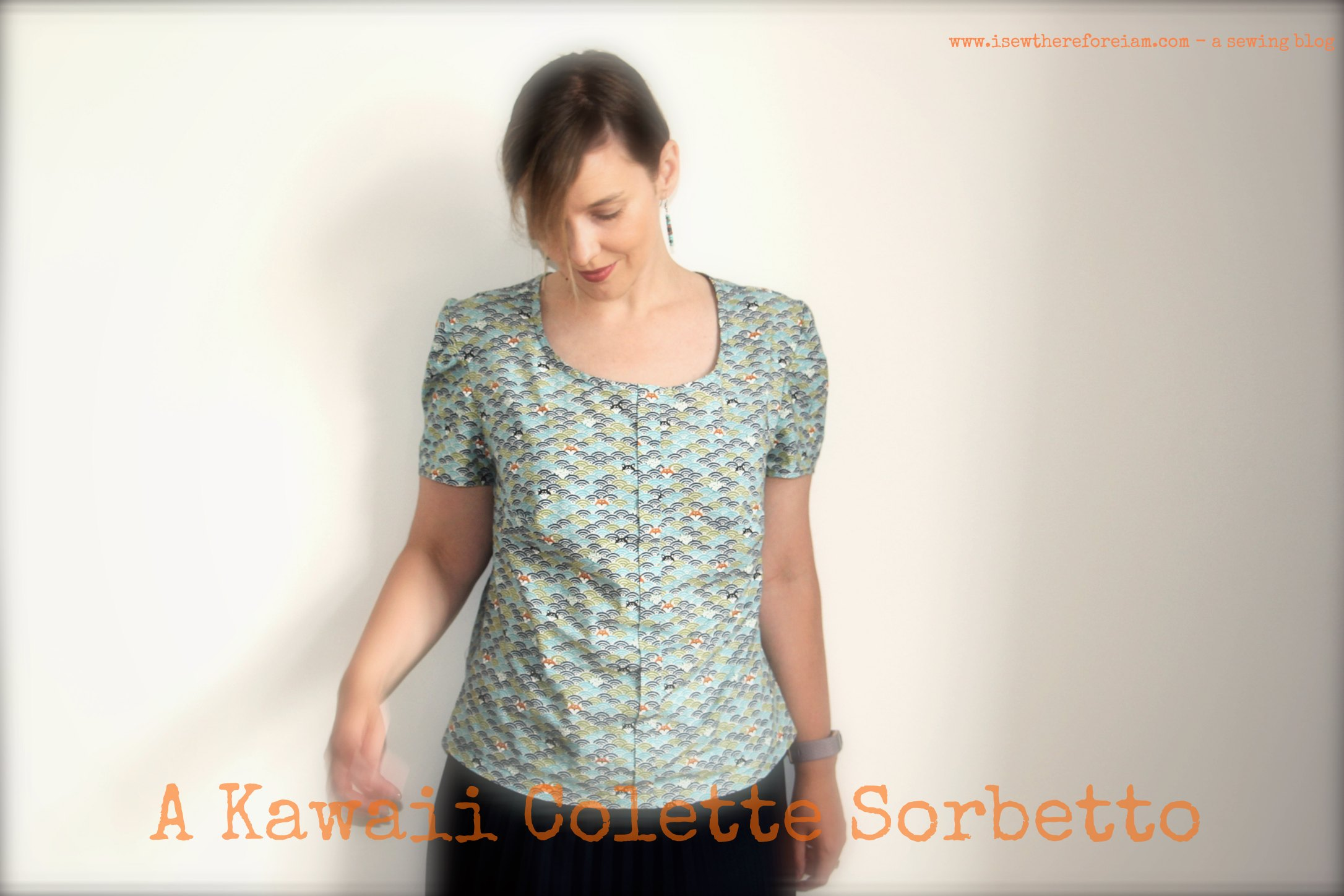 This is the Colette Sorbetto (a great free pattern!) I sewed up using a kawaii cotton I bought in Japan
