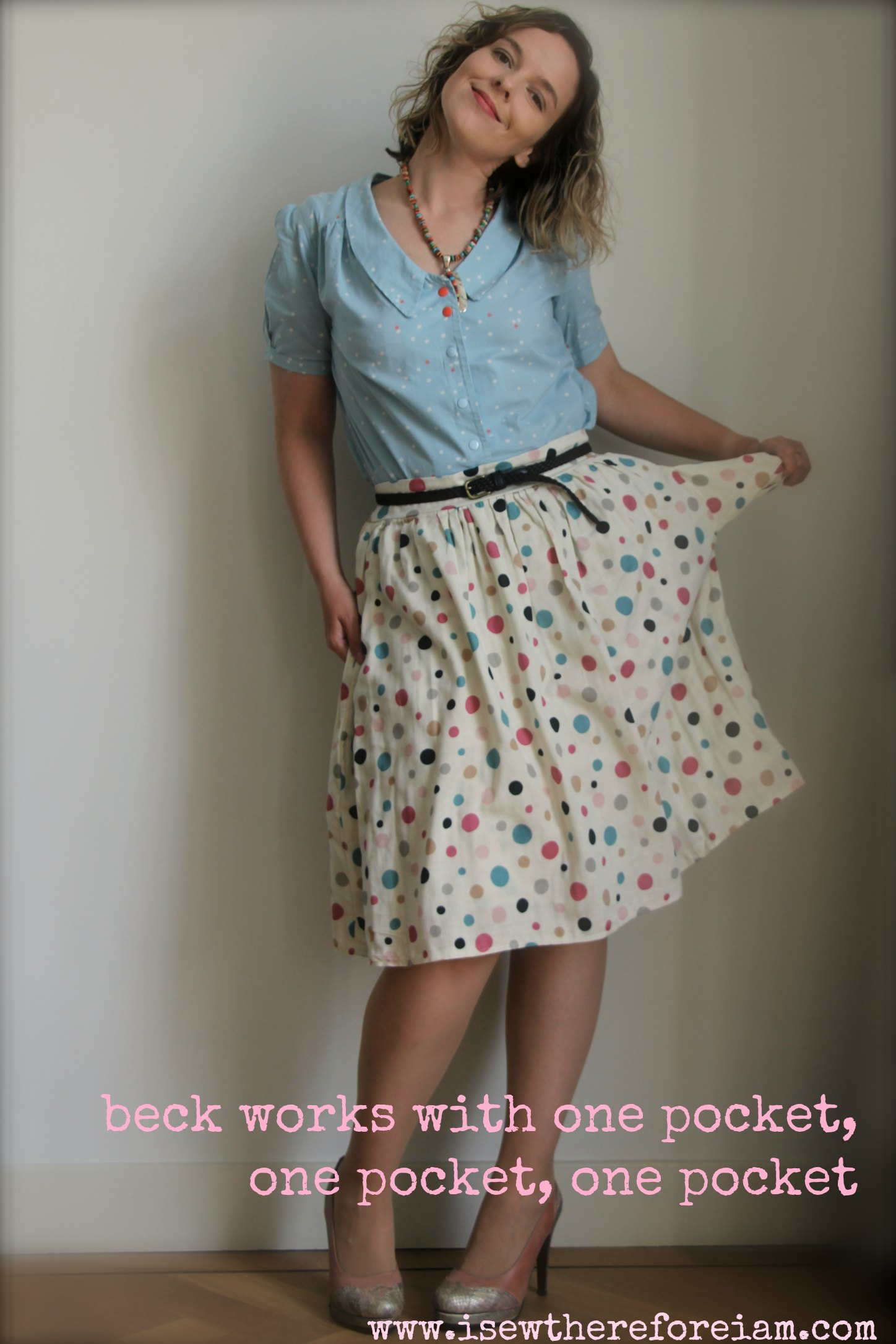 A simple gathered skirt with spots made out of double gauze cotton from Japan (worn with Mimi blouse from Love at First Stitch by Tilly and the Buttons)