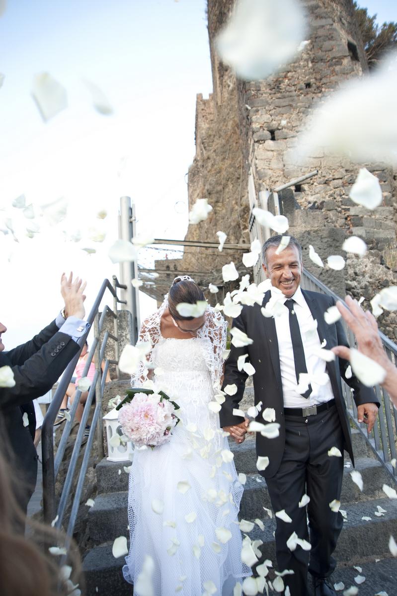 Tra pizzi e Merletti il Matrimonio Siciliano di Titti e