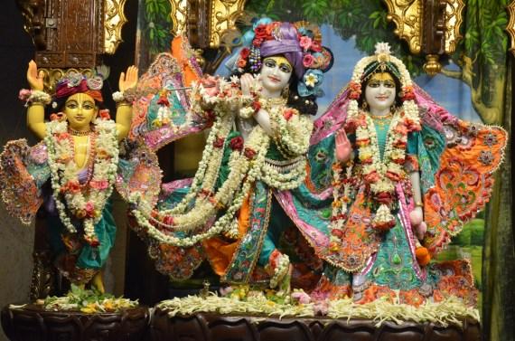 Iskcon_Kolkata_Radha_Govindaji_0004