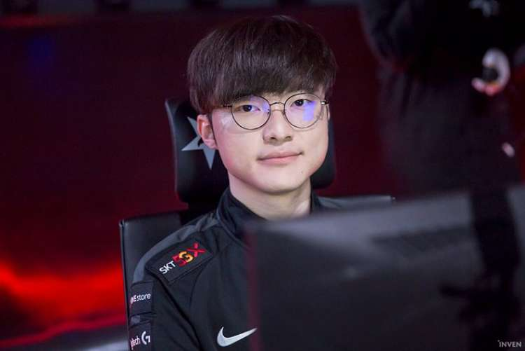 Faker donates 30mil Korean Won to help poor in COVID-19 fight