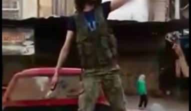 Les modérés d'Alep décapitent un enfant de 13 ans