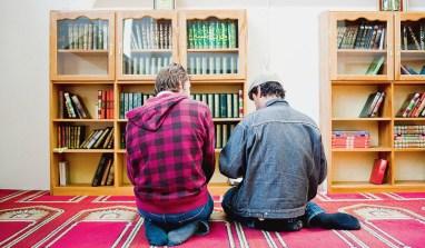 LE GROS MENSONGE DES CONVERSIONS À L'ISLAM