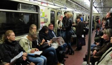 Hier au soir, dans un wagon du métro