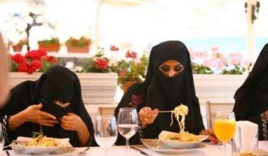 Manger en bonne musulmane