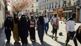 Ramadan, la France à l'heure du djihad culturel
