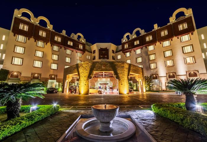 Serena Hotel donates Rs 10 million to PM's COVID-19 Relief Fund