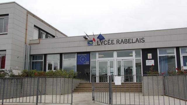 France  Des tags racistes nominatifs dans un lyce  IslamInfo