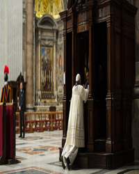 Pope Francis Confessing