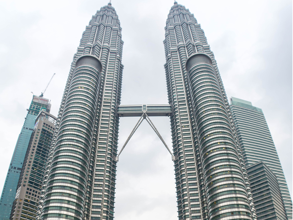 Malaysia takes one step further toward uniting Islamic and ethical