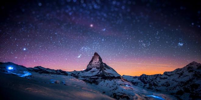 1280x800_night-stars-bokeh-Switzerland-Alps-Matterhorn-Zematt-cervino-sky-HD-Wallpaper