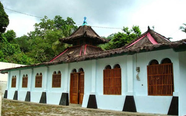 Ini Dia Daftar 4 Masjid Tertua di Indonesia 1