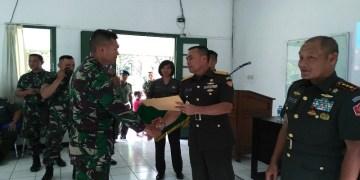 Wakil Komandan Pusat Polisi Militer Angkatan Darat (Wadan Puspomad), Brigjen TNI Wahyu Sapto Nugroho (Kanan). Foto: Saifal