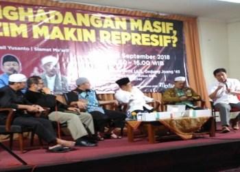 Diskusi bertajuk 'Penghadangan Masif, Rezim Makin Represif?' di Gedung Joang 45, Jalan Menteng Raya, Jakarta Pusat, Kamis (13/9/2018). Foto: Rhio/Islampos