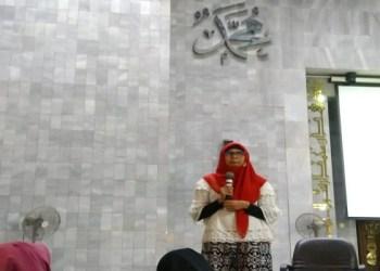 Ustazah Herni. Foto: Istimewa