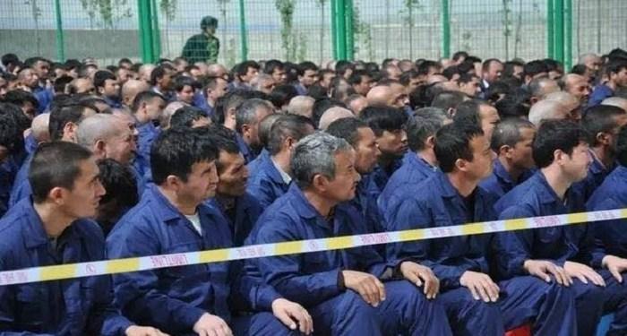 Etnis Uighur ditahan dan dijadikan buruh paksa. Foto: Launch Good