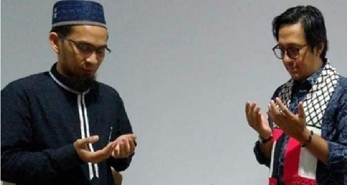 Ustaz Adi Hidayat bersama Andre Taulany. Foto: Instagram Ustaz Adi Hidayat