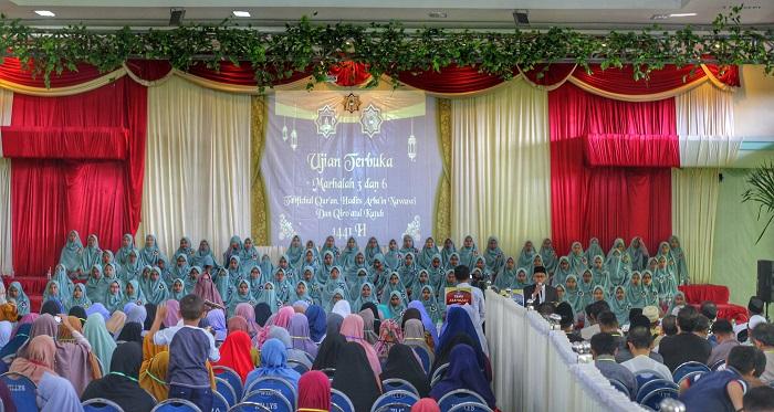 SMP-SMA Ar-Rohmah Putri Pesantren Hidayatullah Malang menyelenggarakan 'Ujian Terbuka Al-Qur'an Marhalah III dan VI' , Sabtu-Ahad (1-2/2/2020). Foto: Istimewa