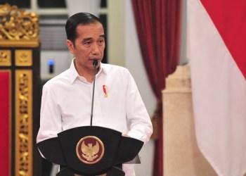 Presiden RI Joko Widodo imbau masyarakat tetap di rumah. Foto: Indopolitika