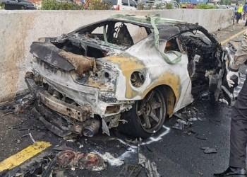 Penampakan mobil Wakil Jaksa Agung yang mengalami kecelakaan tunggal di Tol Jagorawi, Sabtu (4/4/2020). Foto: Ist